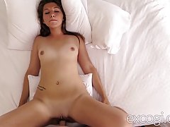 Sexy amateur girl got a huge facial cumshot after she got fucked in many positions
